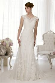 simple wedding dresses uk column court lace scalloped edge lace wedding dresses uk l0001