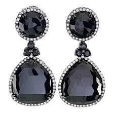 black dangle earrings 71 carats of black diamonds drop earrings more lusciousness at