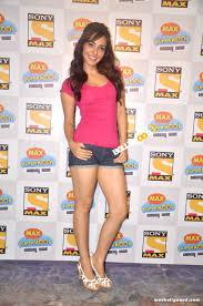 video youtube film hot india 30 photo of neha sharma cutest bollywood actress selfies reckon talk