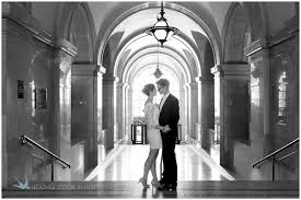 wedding photographers milwaukee chris milwaukee courthouse wedding photographer