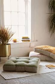 Oversized Floor L Amazing Floor Pillows Diy 95 Diy No Sew Oversized Floor Pillows