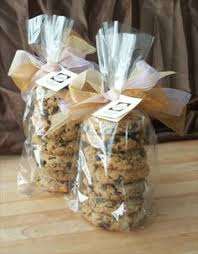 how to wrap baked goods bake sale food gifts and diy christmas