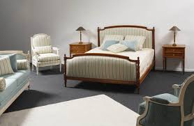 chambre louis xvi lit louis xvi droit avec tissu meubles hummel