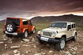 jeep sahara interior 2011 jeep wrangler gets new interior autotribute