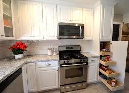 what hardware looks best on black cabinets how to choose the kitchen cabinet hardware