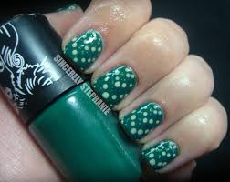 nail art with dotting tool concrete and nail polish dotting