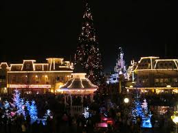 christmas at disneyland paris u2013 trip report designing disney