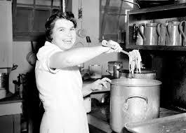 ecole de cuisine au canada le service féminin de l aviation royale du canada centre juno