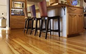 Kitchen Cabinets And Flooring Combinations 4 Popular Cabinet U0026 Wood Flooring Combinations For Your Kitchen