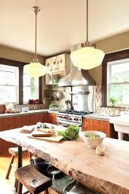 magazine cuisine qu ec table cuisine en bois table cuisine bois brut table rustique table