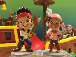 jake land pirates 7 figurine playset izzy cubby