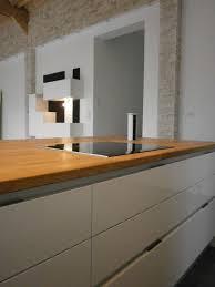cuisine bois et blanc laqué plan de travail cuisine blanc laqu cuisine blanc laque