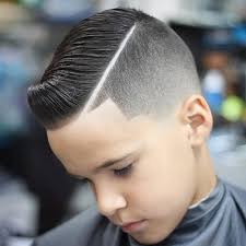 hair cut with a defined point in the back best 25 hard part ideas on pinterest fade with part mens hair