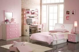 chambre à coucher fille papier peint imitation brique dans la chambre à coucher les