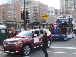 chrysler tows the floats 79th annual mcdonald s chicago