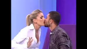 Ronaldo Esper afirma que tinha relação de amor e ódio com Clodovil