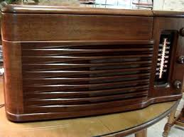Philco Record Player Cabinet Philco 1940 U0027s Model 46 1203 Art Deco Styled Radio U0026 Record Player