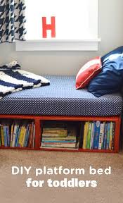 Diy Platform Bed Easy by Best 25 Diy Storage Bed Ideas On Pinterest Beds For Small Rooms