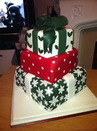 festive christmas wedding cakes and christmas cake decorating