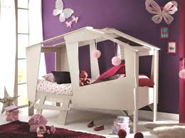 cabane fille chambre but chambre fille cabane chambre fille but lit cabane enfant beige