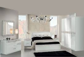 chambre a coucher blanc laqué awesome chambre a coucher blanc laque images design trends 2017