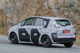 vauxhall meriva vauxhall meriva to turn into a crossover for 2016 pictures 1