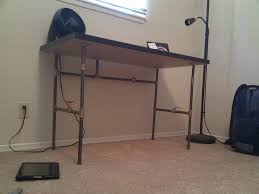 Diy Pipe Desk Create Your Own Custom Desk From Plumbing Pipe Make