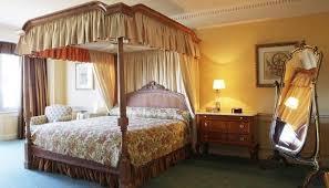 chambre disneyland disneyland hotel une chambre luxueuse dans le plus pur