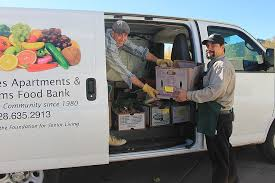 williams food bank racing the clock to gather thanksgiving meals