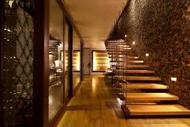 wandgestaltung treppenaufgang 101 ideen zum treppenhaus gestalten raumkonturen