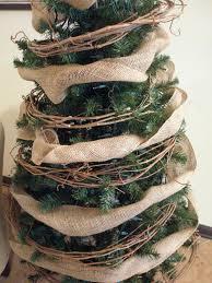 burlap and grapevine garland www adorbymelissa com christmas