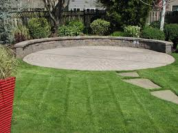 Circular Paver Patio A Circular Paver Patio And Seating Wall Create A Destination And