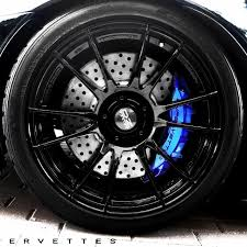 love the blue on these brake calipers gotta find the color code