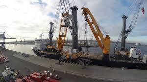 liebherr ship cranes cbb 4700 450 tandem lift youtube