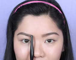 How To Tweeze Your Eyebrows 10 Frequent Eyebrow Mistakes You Don U0027t Know You U0027re Making