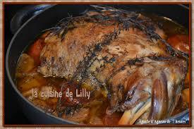 cuisiner une epaule d agneau epaule d agneau de 7 heures la cuisine de lilly