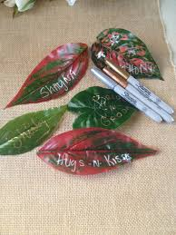 diy message on a leaf for wedding leaf place cards birthday