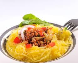 comment cuisiner une courge spaghetti recette courge spaghetti à la bolognaise plats