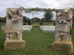 wedding arches on a budget 36 budget friendly outdoor wedding ideas for fall budgeting