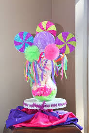 Candy Themed Centerpieces by 17 Best Images About Ayssa On Pinterest Candy Land Theme