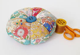 Making Pin Cushions Diy Pincushion Tutorial With Free Pattern Mad For Fabric