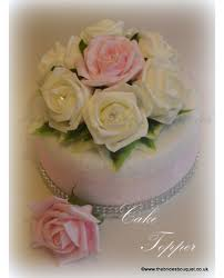 Classic Cake Decorations Rose Cake Toppers Simple Rose Arrangement For Wedding Cake