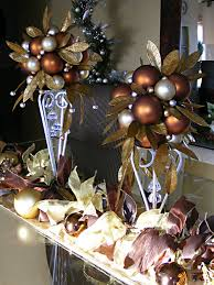 how to decorate with ornaments rainforest islands ferry