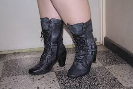 s boots for large calves in australia breaking the for fashionable boots definatalie com