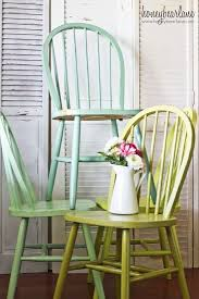 Painted Kitchen Table And Chairs by Best 25 Windsor Chairs Ideas On Pinterest Rustic Farm Table