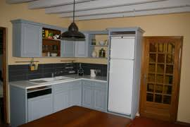 repeindre une cuisine ancienne rénover sa cuisine en lui conservant tout charme avant après