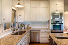 kitchen backsplash paint painting kitchen cabinets before or after changing the counters