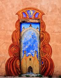 25 beautiful doors that seem to lead to other worlds
