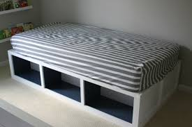 homemade daybed with open storage decofurnish
