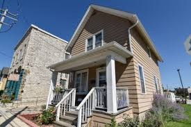 135 e north st waukesha wi 53188 mls 1549481 coldwell banker